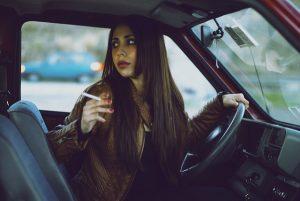 interdiction de fumer auvolant si cela represente un danger pour la conduite